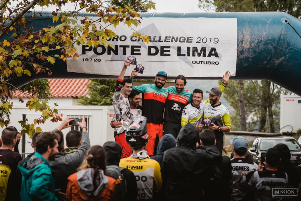 A parella formada por Rubén Pazos e Esteban Lorenzo, 3º no Enduro Ponte de Lima de Portugal